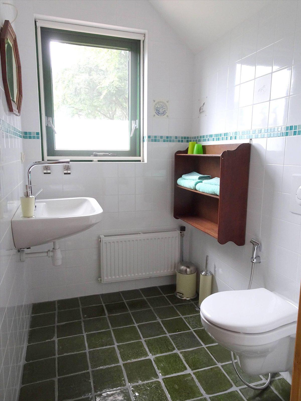 Toilet boven Badzicht Schipborg Músarrindill